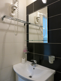*** 1 room apartment for rent Iasi  #  code 015
